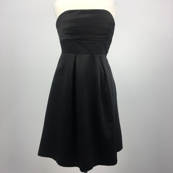 White House Black Market Dresses & Skirts - WHBM Black Strapless Cocktail Dress